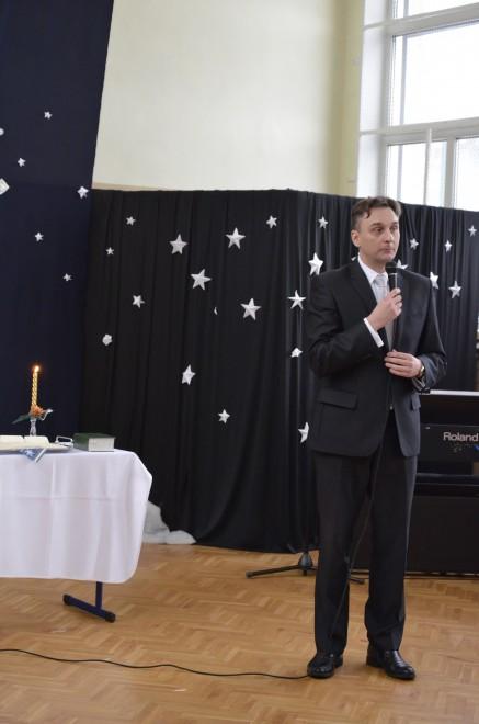 Burmistrz Augustowa Wojciech Walulik podczas składania oficjalnych życzeń Sybirakom