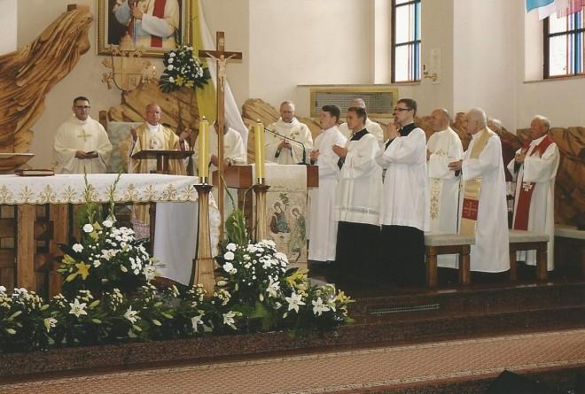 Msza święta w kościele Pierwszych Męczenników Polski
