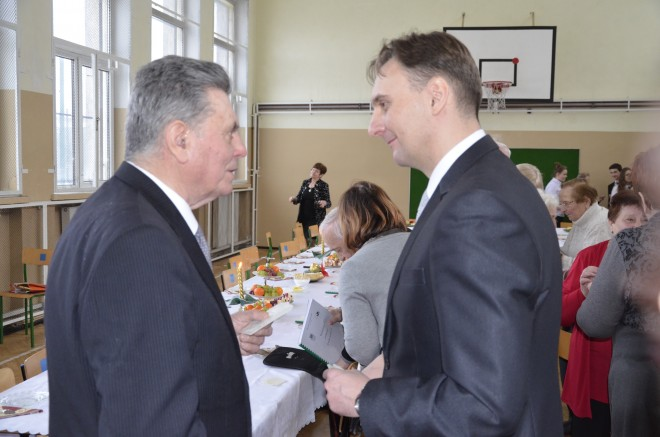 Eugeniusz Simson i burmistrz Wojciech Walulik