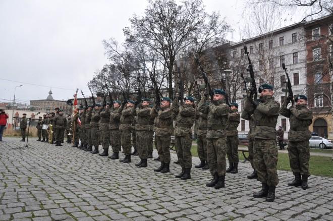 Kompania honorowa 10. Wrocławskiego Pułku Dowodzenia