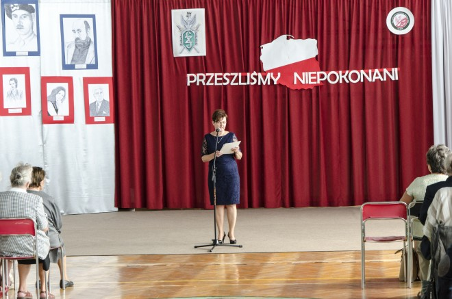 Dyrektor Urszula Łapińska-Łubniewska